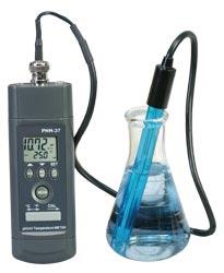 Misuratore di temperatura pH/mV portatile con comunicazioni per RS232 e software.   PHH-37