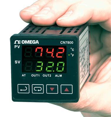 Regolatori / Dispositivi di controllo 1⁄16 DIN a rampa/ assorbimento. | Serie CN7800