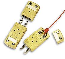 Connettori di termocoppia a dimensioni standard. |